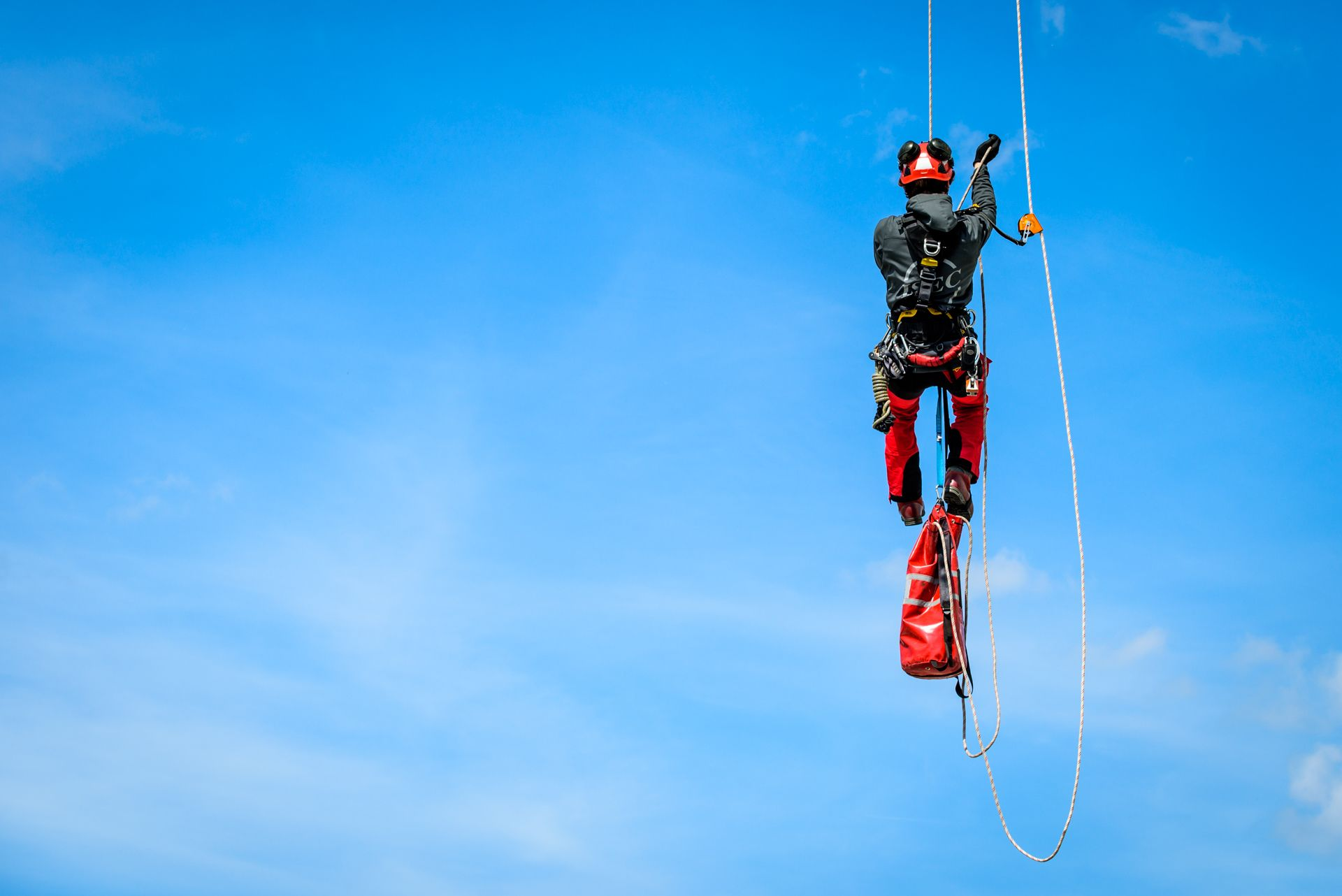 Safety & Rope Access - Stijn Van Hulle Photography Rock Climbing